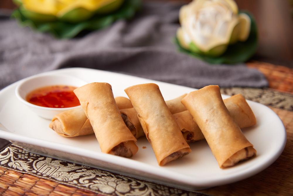 Poh Pia Tod - Vegetarian Fried Spring Rolls