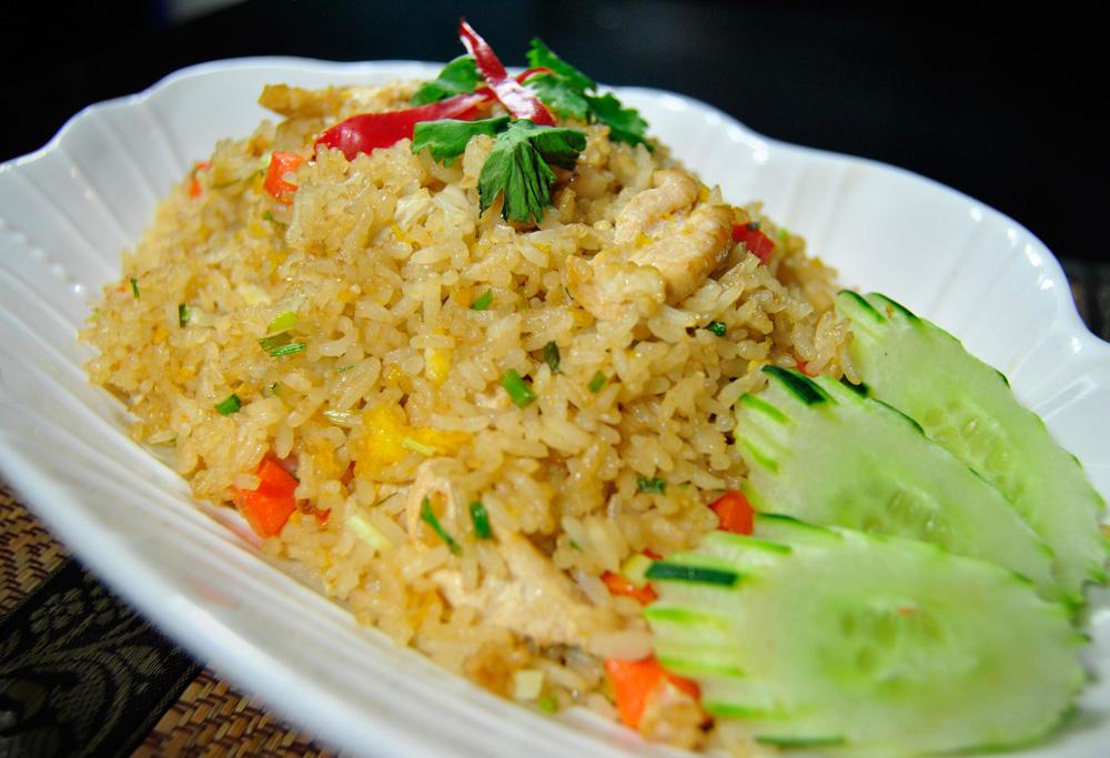 Khao Pad - Thai Style Fried Rice - Urban Thai